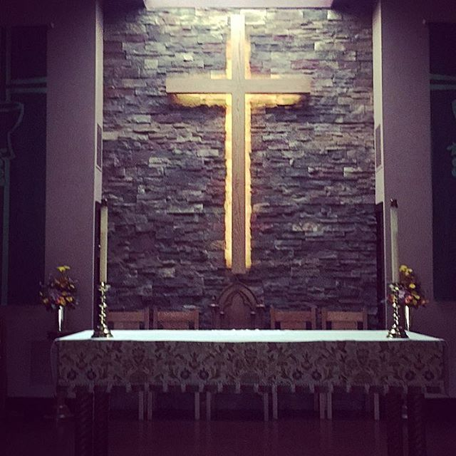 The #chancel #cross as it's found midweek #StAlbans #sinkingspring #episcopal #berkscounty