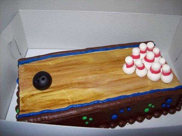 bowlingalleycake