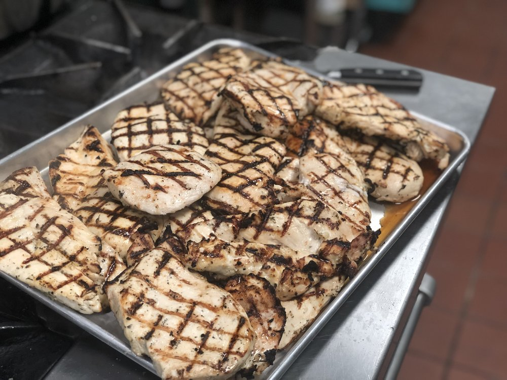 Who doesn't love grilled chicken?!