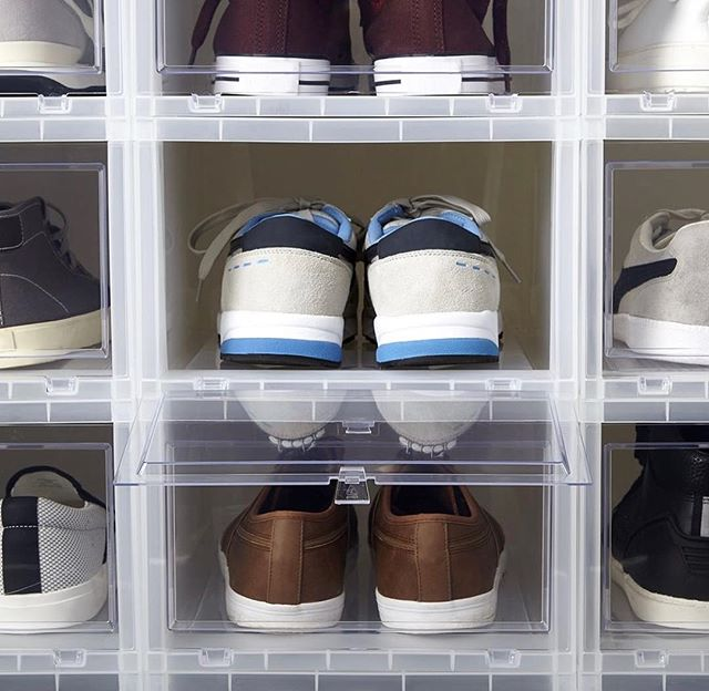 SHOE ORGANIZATION // First things first, take the shoes out of the cardboard boxes that they were purchased in and place them in clear containers such as these drop front boxes from the @thecontainerstore ✨ Your shoes will stay clean and they will be easily accessible for a quick grab and go! Say goodbye to tall tipping towers of shoe boxes ✨  #closetorganization #shoes #containerstore #simplify #getorganized #professionalorganizer #mariekondo #design #interior #mensstyle #fashion #weartowork #liketoknow #brentwood #westwood #montecito #santabarbara #centurycity #theagencyre #potterybarn #organization #style #jcrew