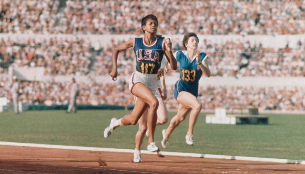 wilma-rudolph-1960-olympics-win_.jpg