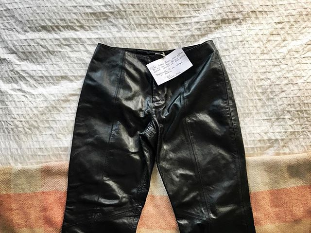 """This leather pant was gifted to me by my office secret Santa in Dec. 2007. Unfortunately, I am allergic to leather."" Holding on to gifts you received over the holidays out of guilt? Donate them to Thrift Story, instead! Just write out the item's backstory on an index card and pin it to your donation!"