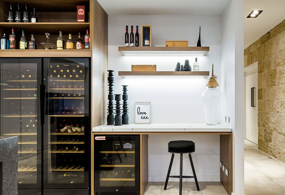 turnbull-built-wine-desk-somerton-park-sa.jpg