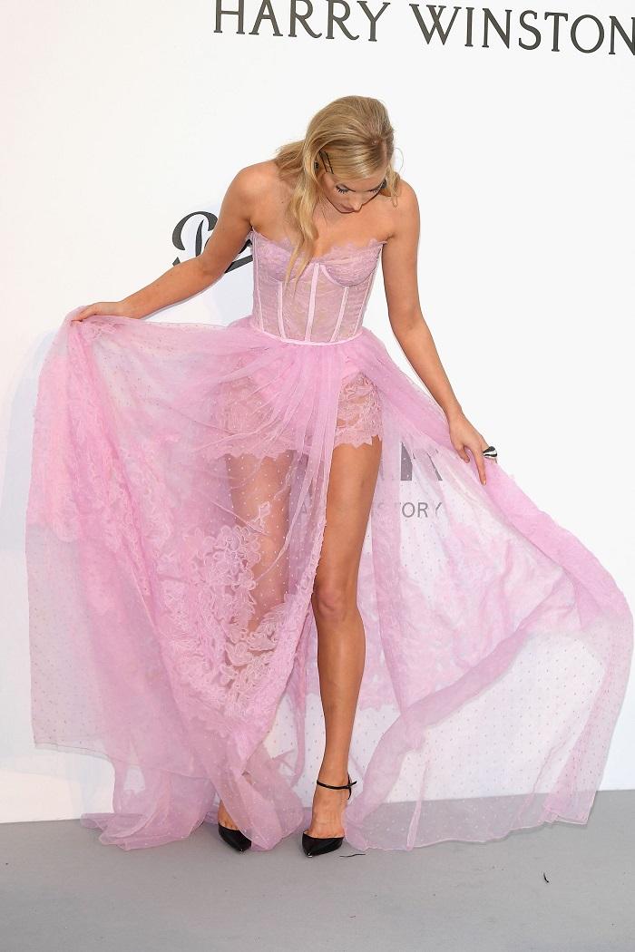 cannes-naked-dress-06.jpg