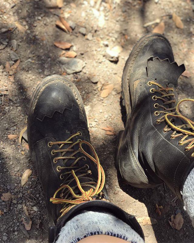 felt good to be back in the boots - even by myself in bear country 🐾 . . . #bearcountry #needhikingfriends #maderacanyon #arizona #optoutside #traveller #hike #hikingadventures #usfs #coronadonf #adventure #wanderer