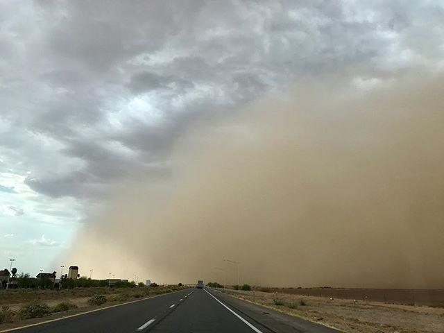 drove through my first dust storm yesterday 😳 . . . #scary #arizona #northernarizona #duststorm #monsoonseason #wanderer #wanderlust #traveldeeper #travel #fire #fireseason