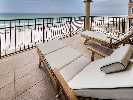 4734 Ocean Blvd - Sold Price: $3,000,000 6 Beds | 6.5 Baths | 4,900 sqftListing Office: Luxury Properties of the Emerald Coast