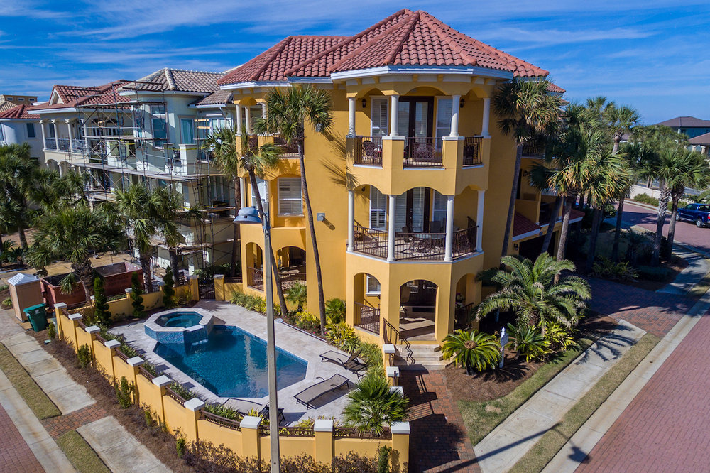 4773 Ocean BLVD - Sold Price: $2,175,000 5 Beds | 5.5 Baths | 3,600 sqftListing Office: Keller Williams Realty Destin