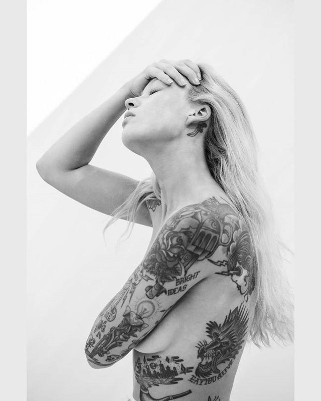Irafor @utpmag 📸 by @_alex_freund_ . . . #alexfreund #irachernova #tattoos #portrait