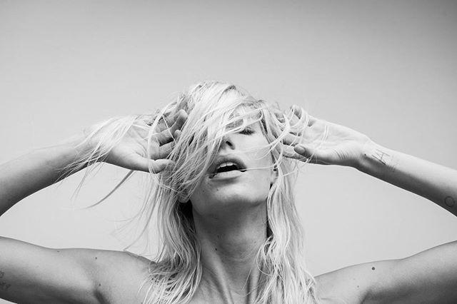 Amy 📸 by @_alex_freund_ . . . #losangeles #fashion #photography #alexfreund