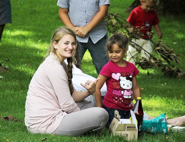 Kortney+kids.jpg