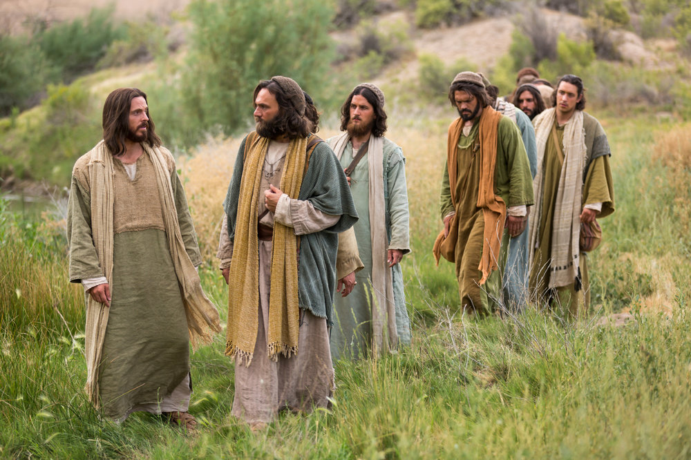 bible-films-christ-walking-disciples-1426507-print.jpg