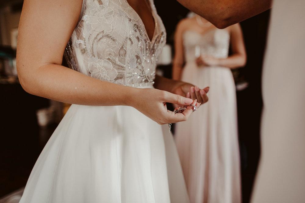 emily-michael-fullwedding-205.jpg