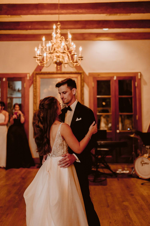 emily-michael-fullwedding-908.jpg