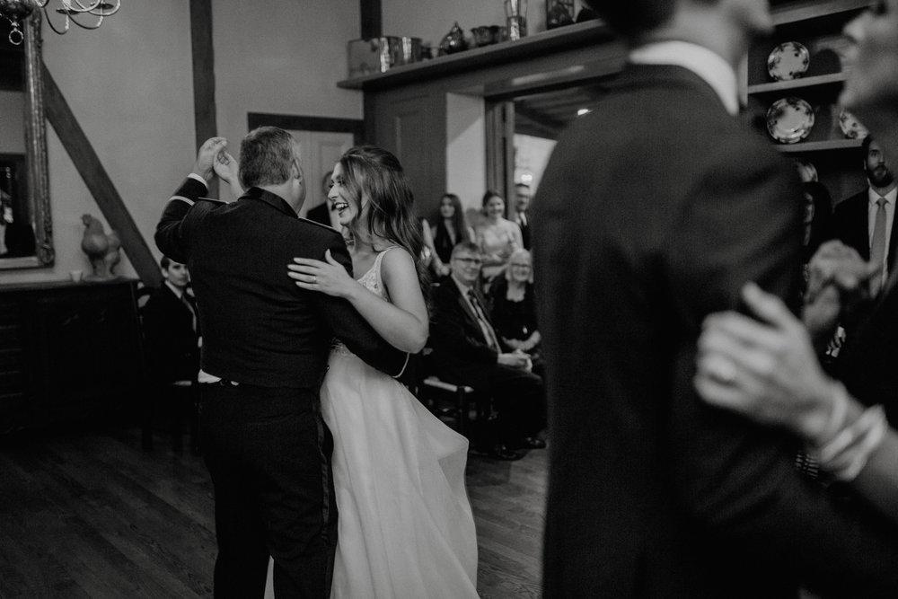 emily-michael-fullwedding-937.jpg