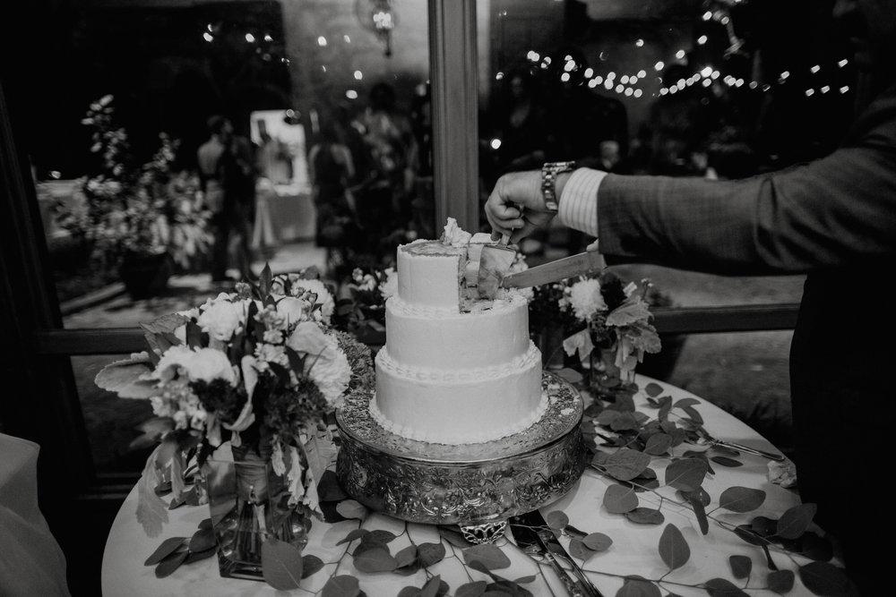 emily-michael-fullwedding-1064.jpg