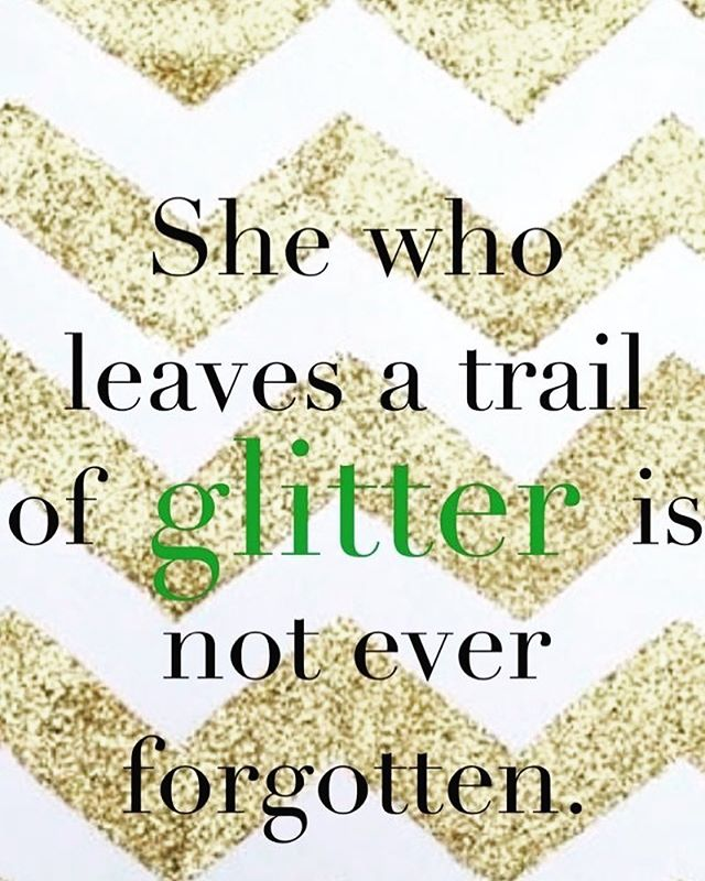 RIP to one of my earliest style icons, Kate Spade, whose spirited, colorful designs have inspired women for decades. It's a sad day.