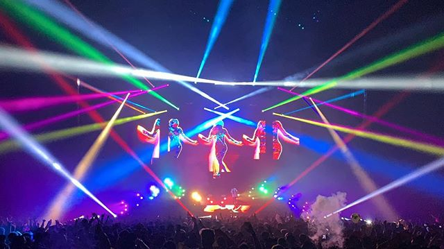 All the colors! Lighting programming by @igooutlateatnight and  visuals by @vj_voodoo at #BayNites. Built by @4wall for @insomniacevents. Electricians @paulslights and Justin Souza. Video lead and photo by @bong0man.