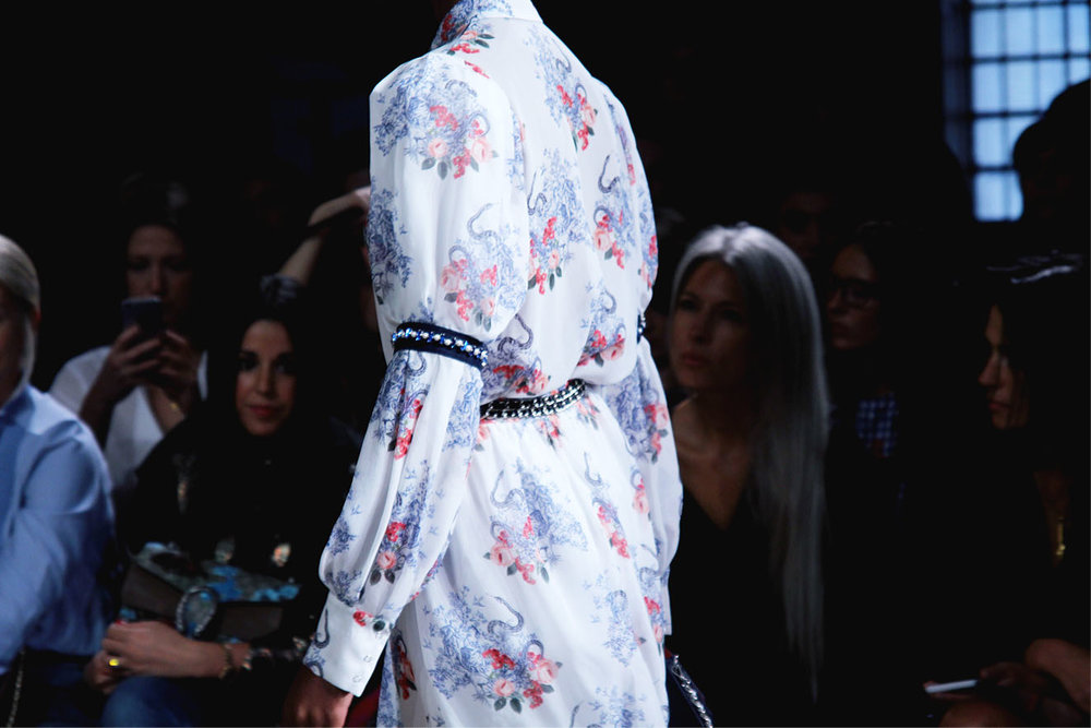 Mother of Pearl catwalk SS17 17.jpg
