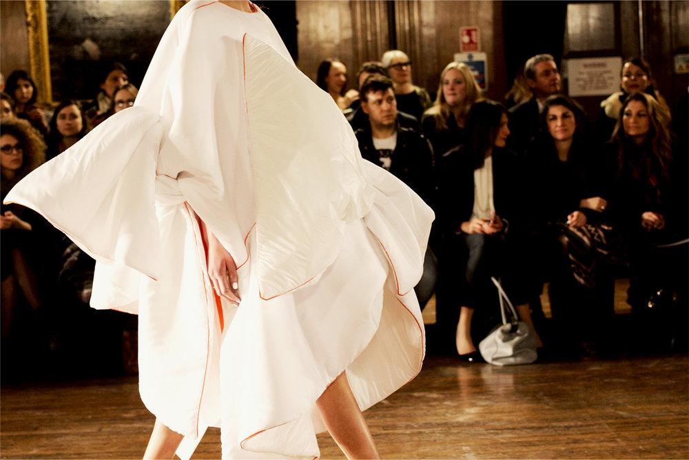 Zhixian Wang london college of fashion MA16 catwalk 6.jpg