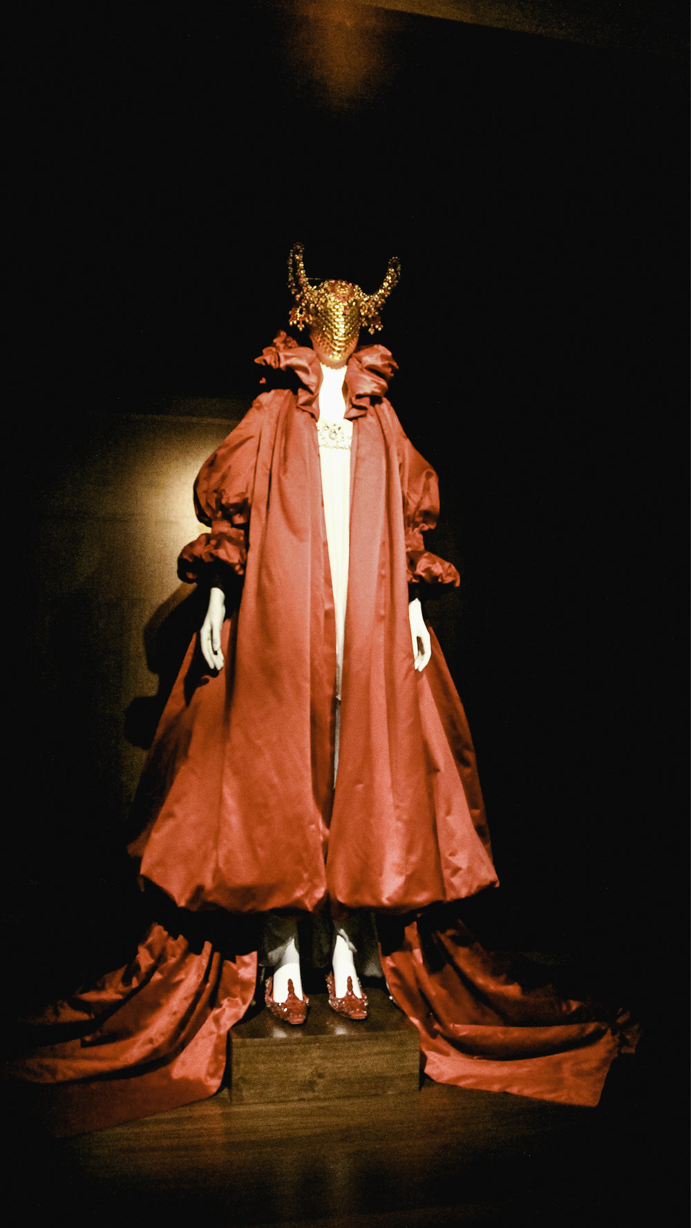V and A savage beauty exhibition 3.jpg