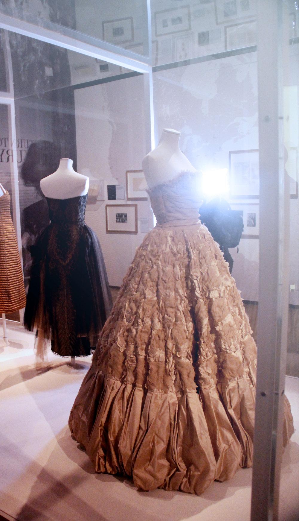 V&A the glamour of italian fashion 1945-2014 12.jpg