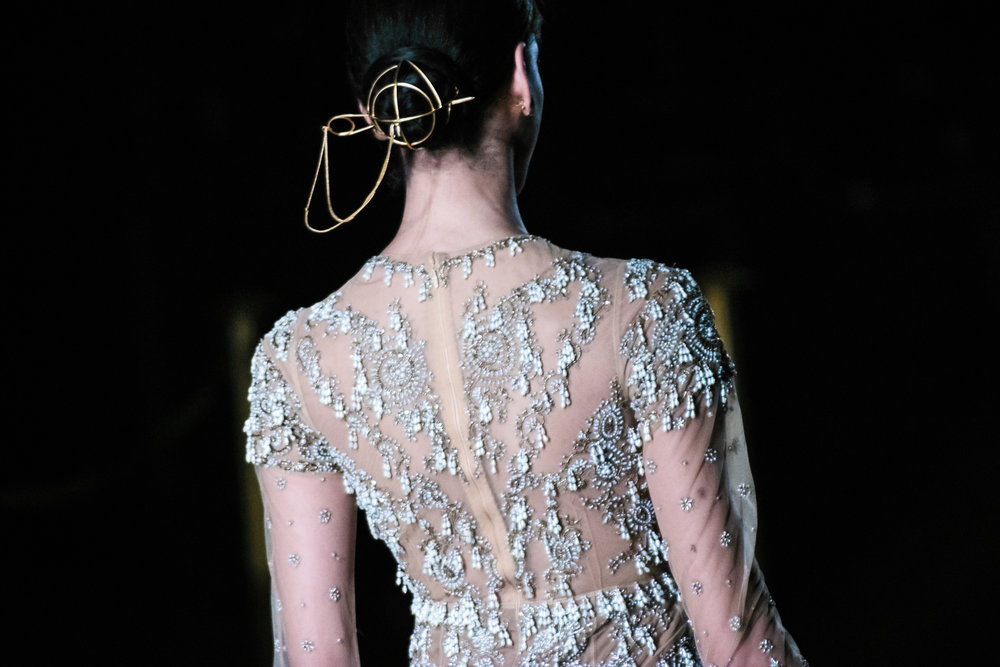 https://adorngirl.com/-blog/london-fashion-week-bora-aksu-aw18
