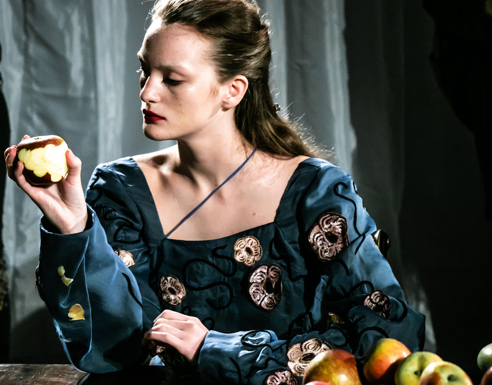 An apple a day - All pictures by me for Vrai Magazine