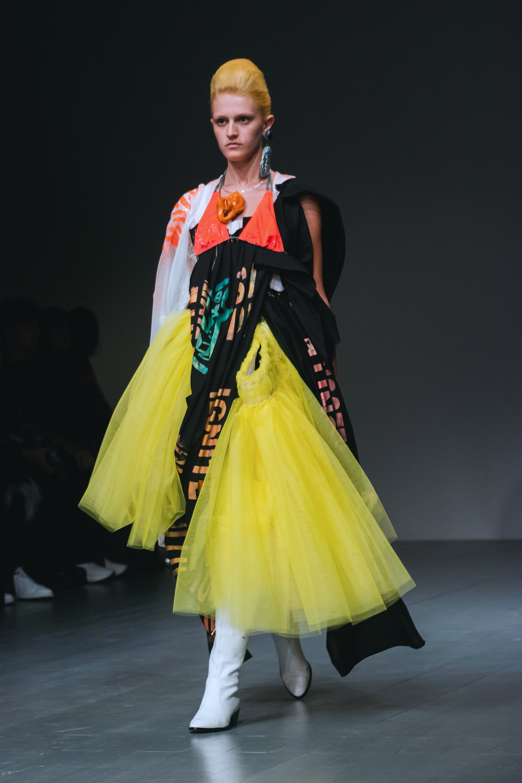 Matty Bovan London Fashion Week SS19 Adorngirl 19.jpg