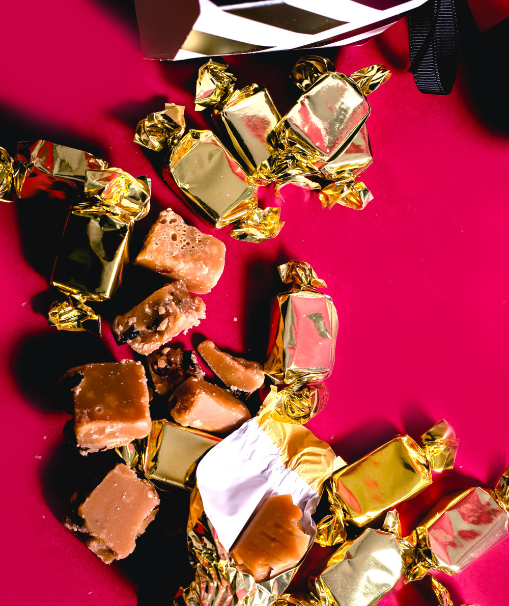Crabtree Feeling Toffee and fudge selection cracker 2.jpg