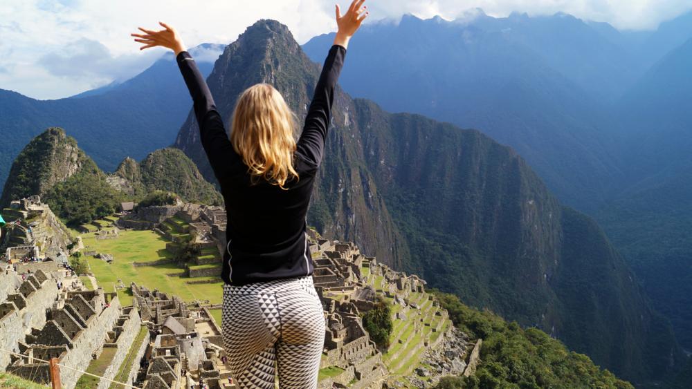 Machu Picchu girl.png