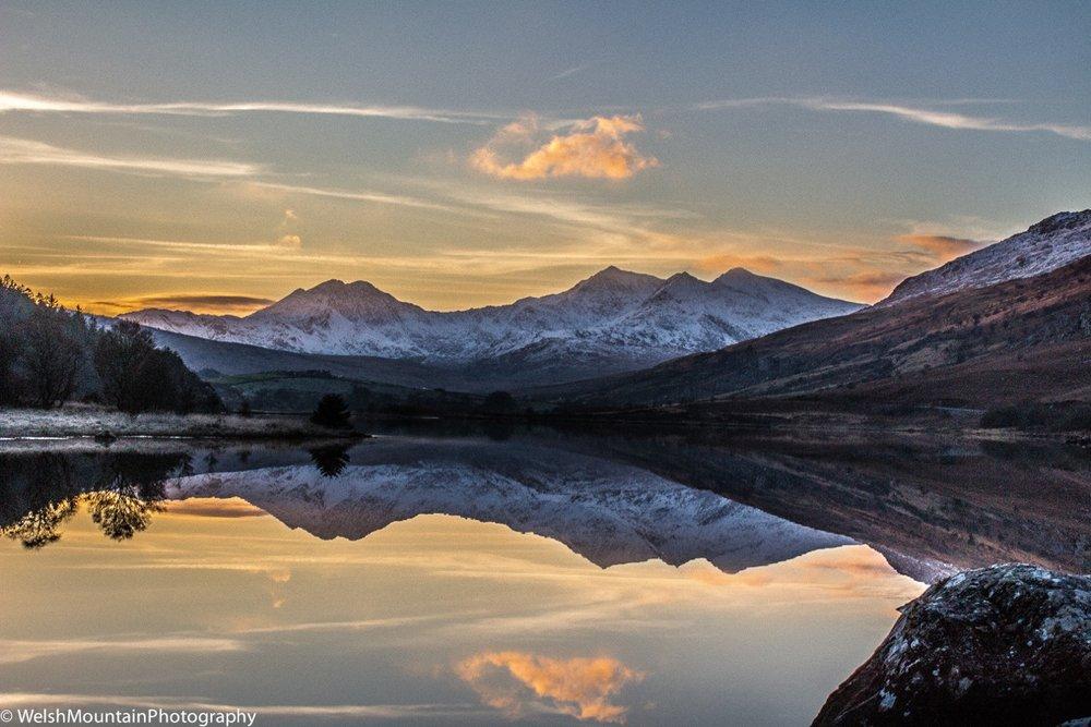 4 peaks snowdon massif sunset.jpeg