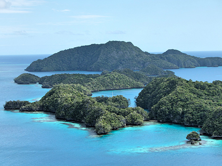 Vanua Balavu - July 2015 - Bay of Islands_SM .jpg