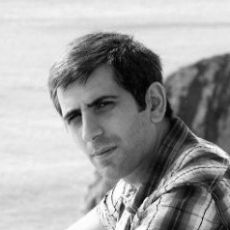 PhD. Davit Ghazaryan    AI Engineer   A genius in data analytics and AI, and post-doctoral researcher from Southampton University. Davit is a talented professional with vast experience in Machine Learning. He is the brain behind the data processing and prediction algorithms of Presnsr.