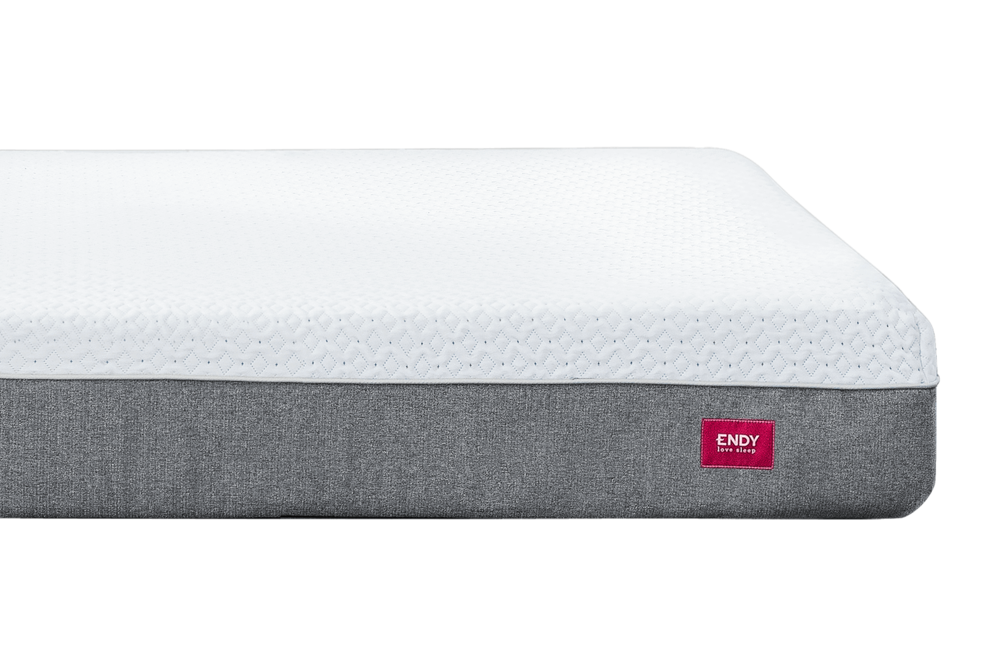 ENDY_MATTRESS_WITH_BOX_1_1.png
