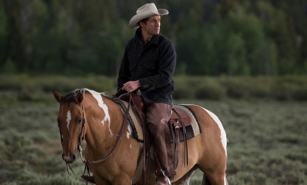 Modern Huntsman Luke Long Diamond Cross Ranch
