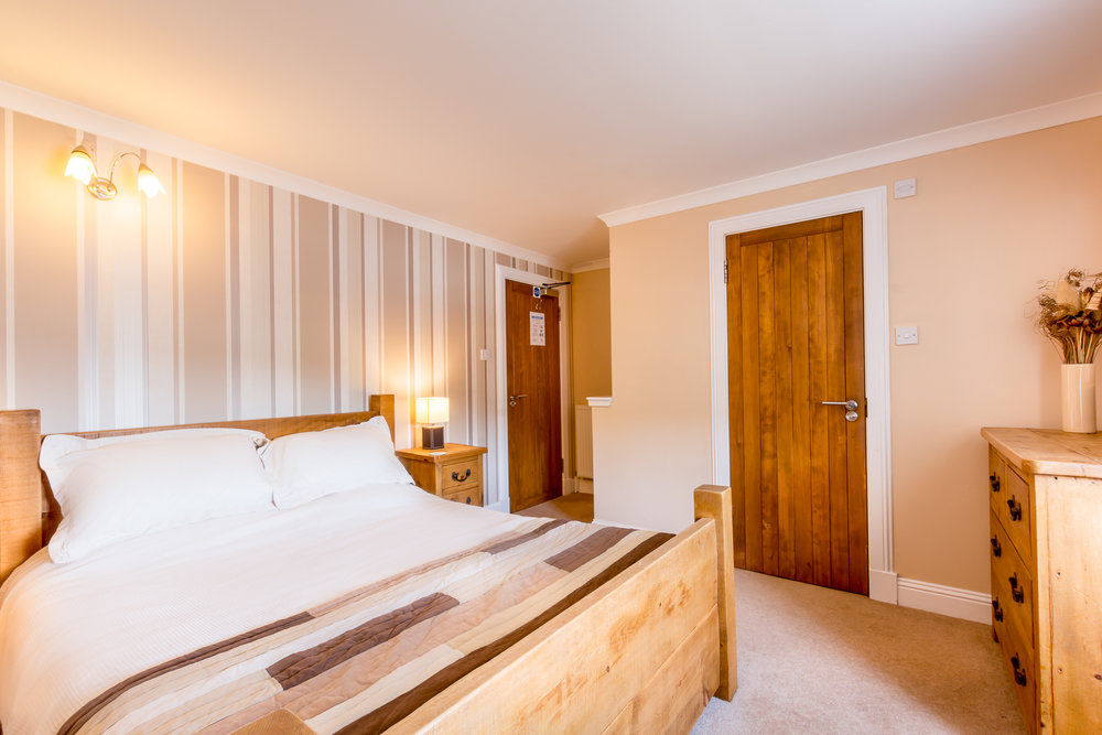 Room2-3.jpg