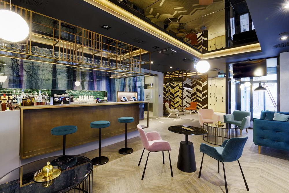 KVI_lobby_Hotel03.jpg