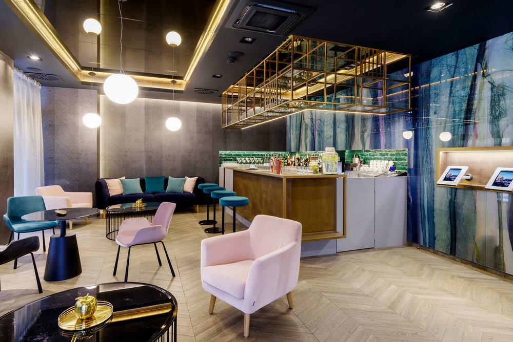 KVI_lobby_Hotel02 2.jpg