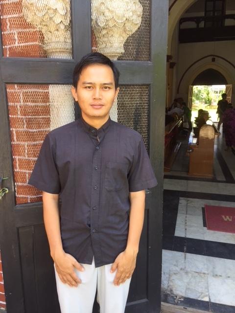 Myanmar-Priest.JPG