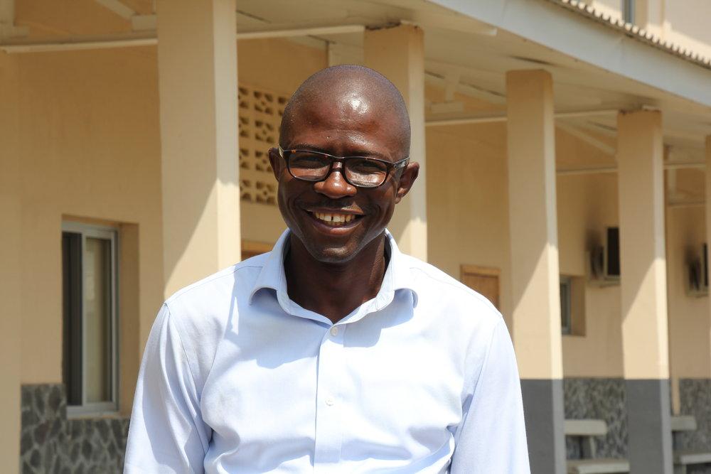 Dr. Soka Moses 3 .JPG