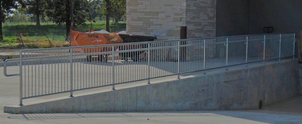 Dock rail.jpg