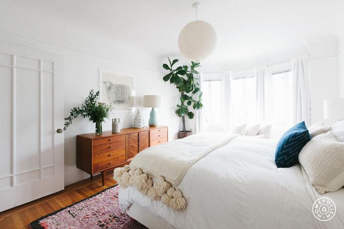 advicefromatwentysomething-bedroom.jpeg