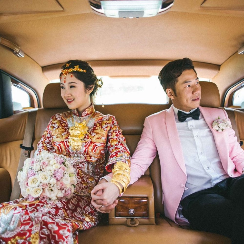 wedding-couple-in-car-Andrew-Roby-Events.jpeg