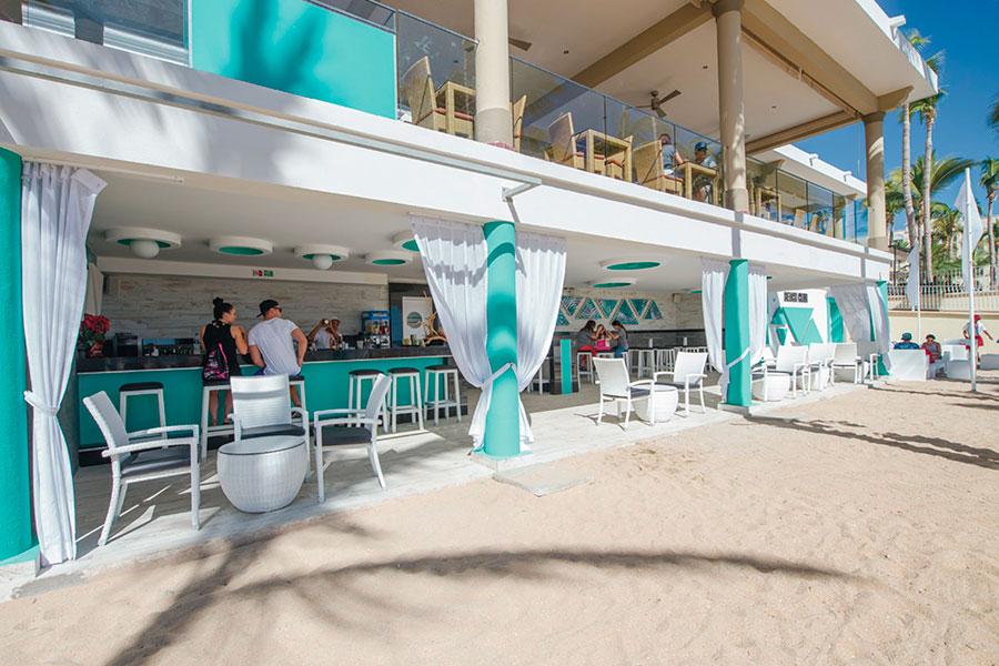 Riu Palace Cabo San Lucas Beach Bar