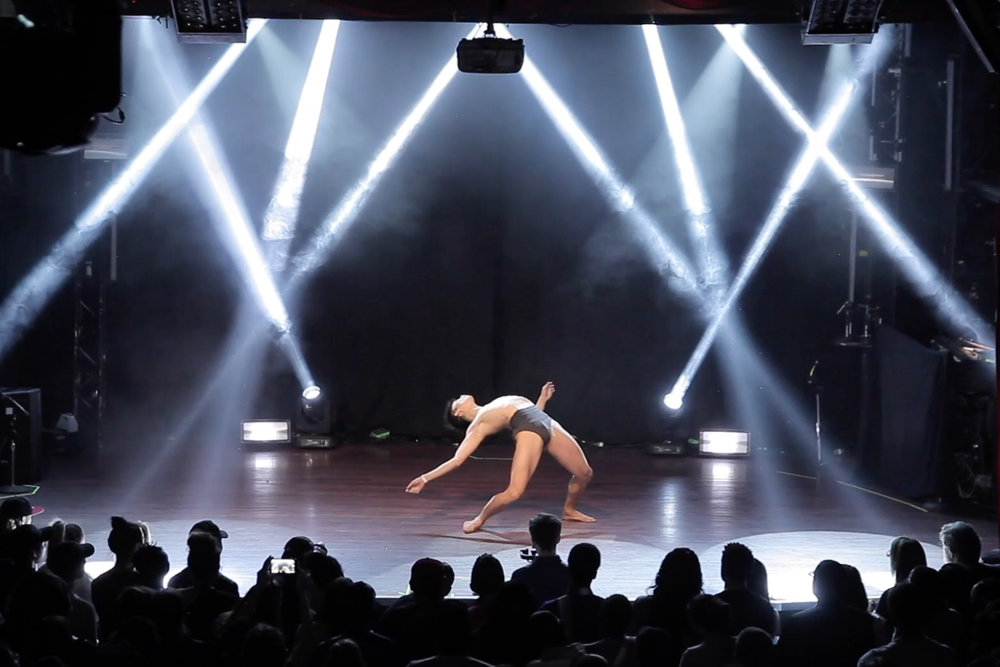 life. my mind. the weight of it. (2016) - CATEGORY: CONTEMPORARY DANCE WORK (TORONTO, ON)CHOREOGRAPHY & PERFORMANCE: ALVIN COLLANTESSTAGE MANGER: MARICRIS RIVERABASED ON MATT HAIG's