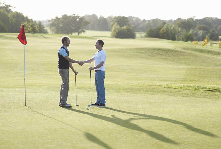 golfers-shake-hands-581b46163df78cc2e829995b.jpg