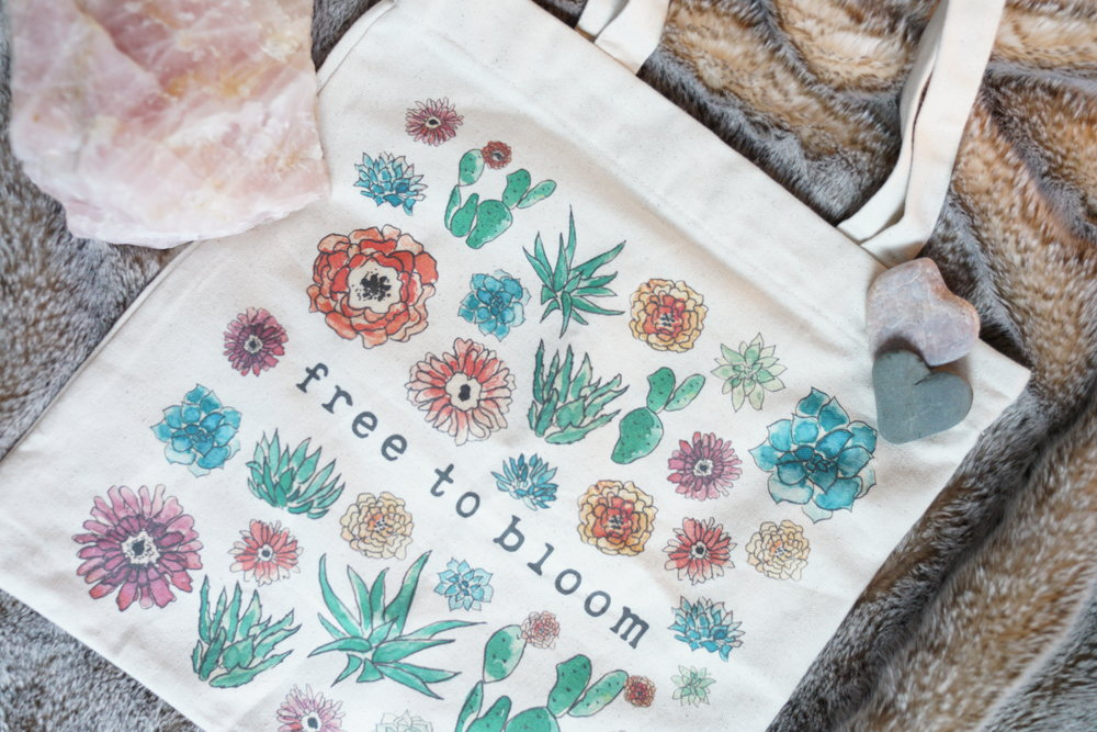 Free To Bloom Tote  ret. $29.99