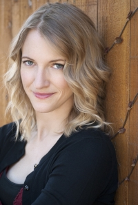 Bree Barton author photo.jpg