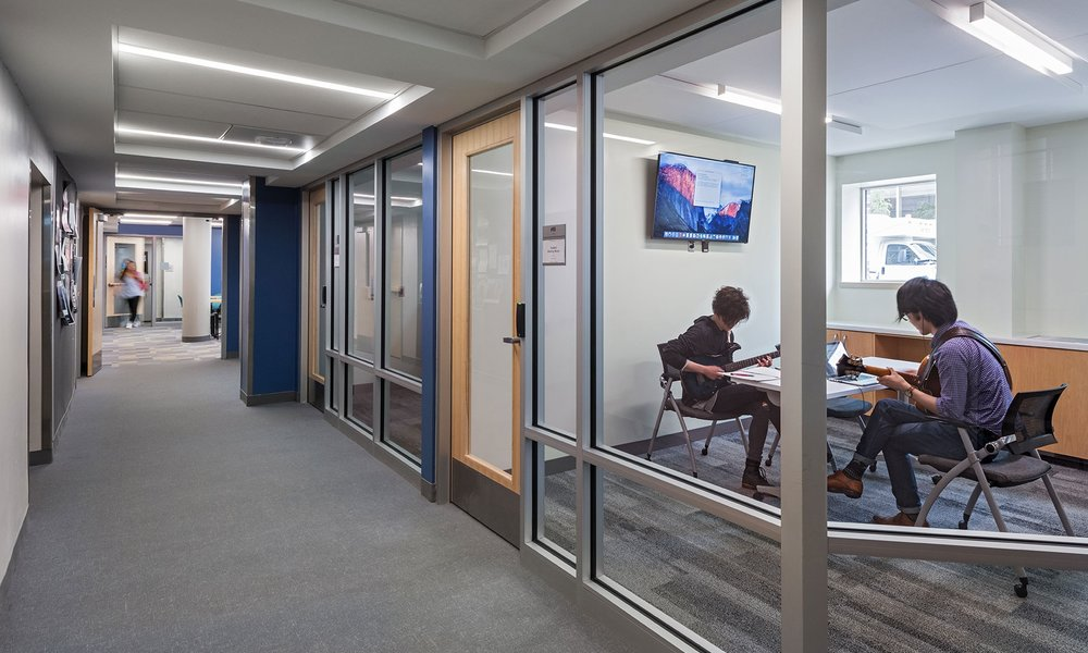Student meeting rooms